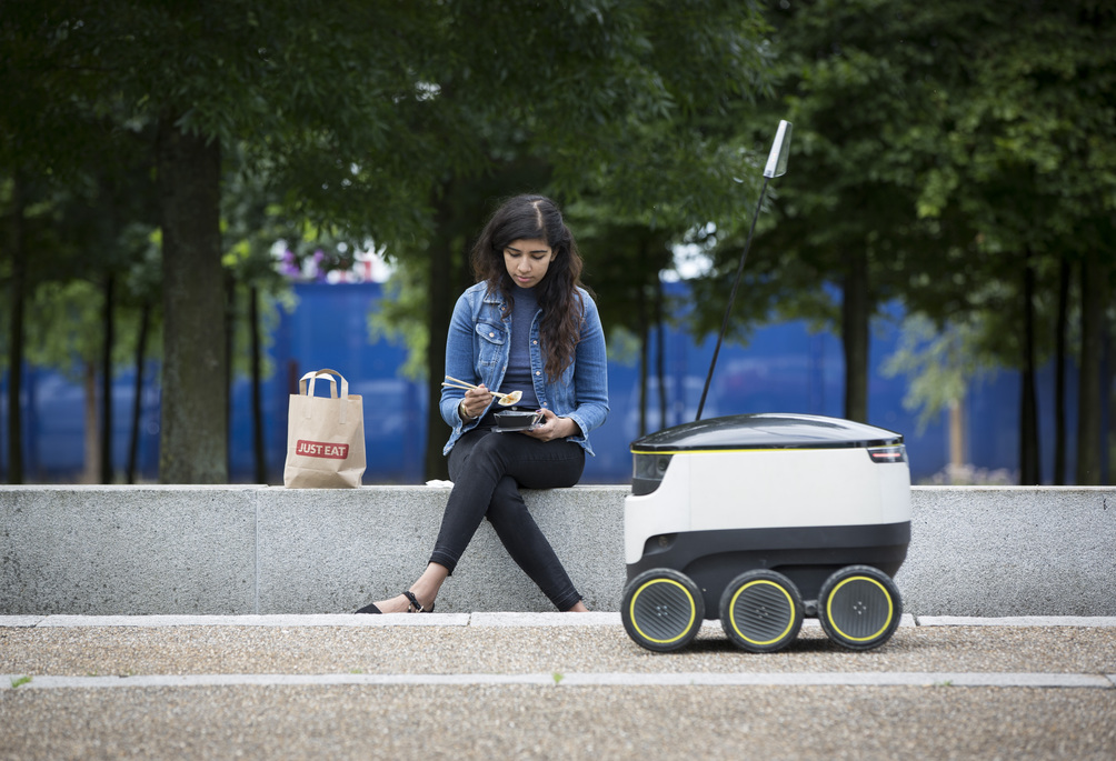 JUST EAT pilots a Starship robot to deliver food from its takeaway restaurants, London. Photo by John Phillips |© Richard Mille/Getty Images