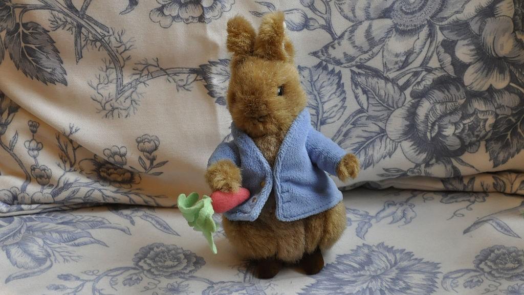 Peter Rabbit doll | © Paul Hermans / WikiCommons