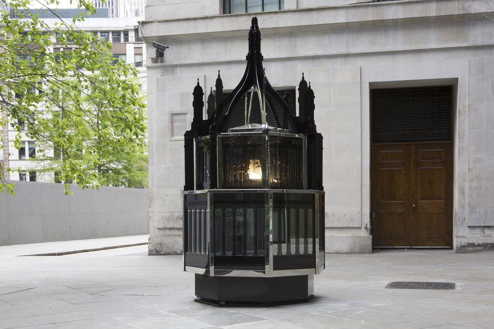Magic Lantern Small, Matt Collishaw, 2010|©Nick Turpin/Courtesy of Blain|Southern, London