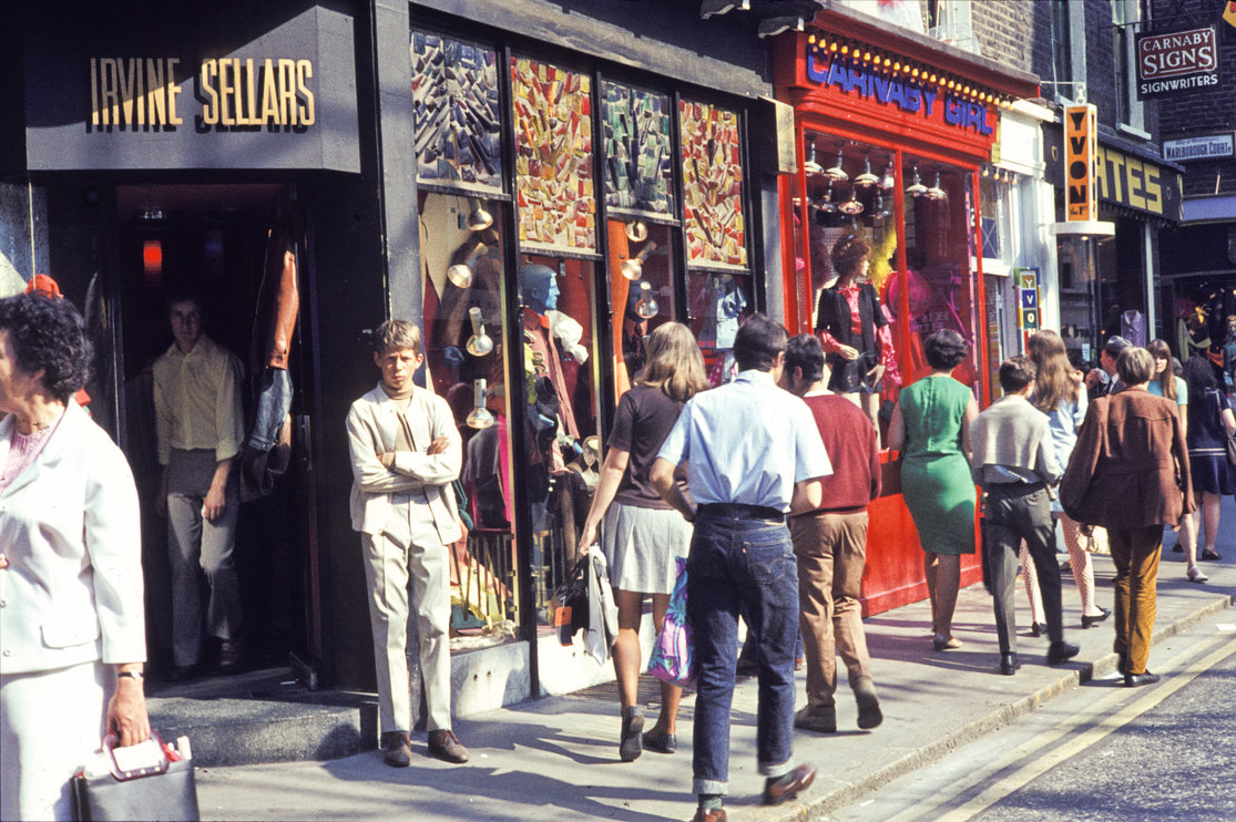 The famous Irvine Sellars boutique on Carnaby Street, 19698| ©H. Grobe/WIkicommons