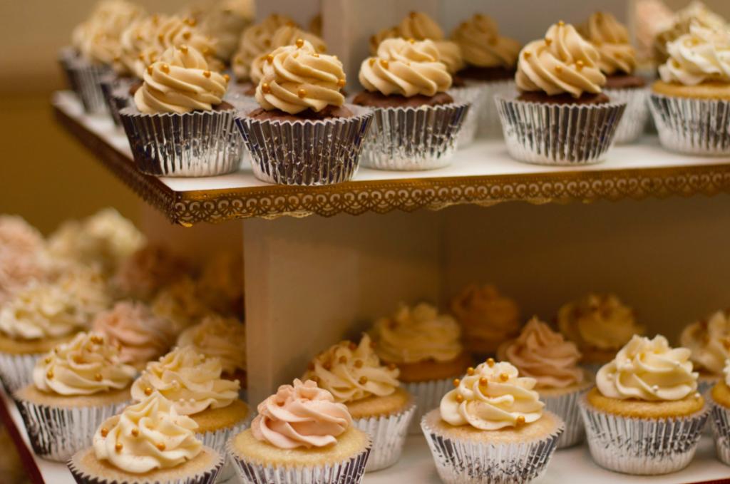 Cupcakes   © Katie Chase / Unsplash