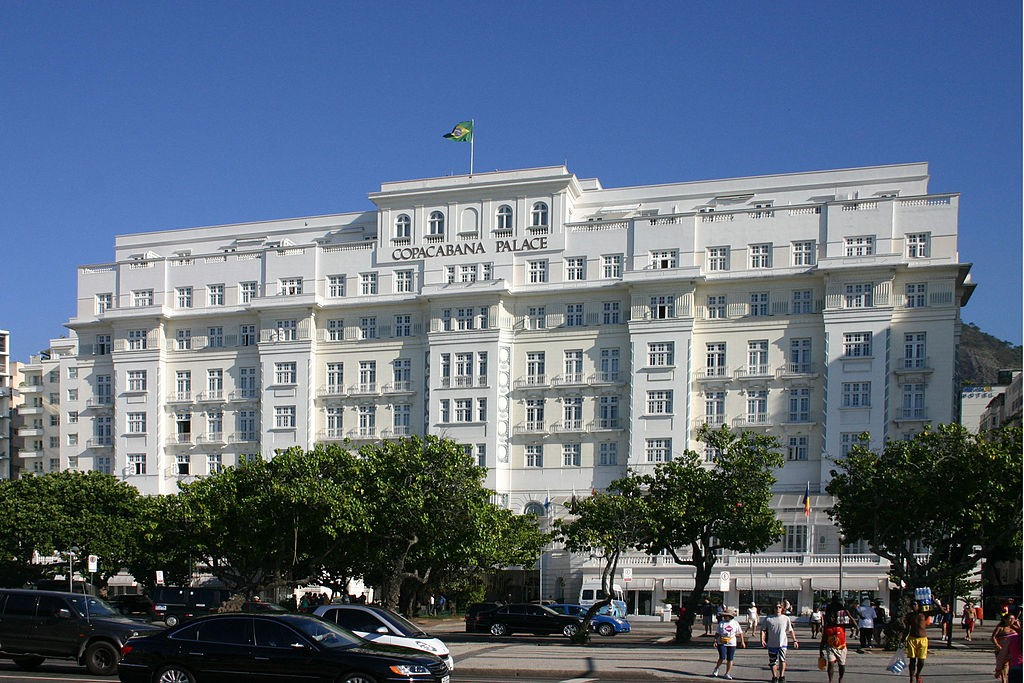 Copacabana Palace from the outside |© Charlesjsharp
