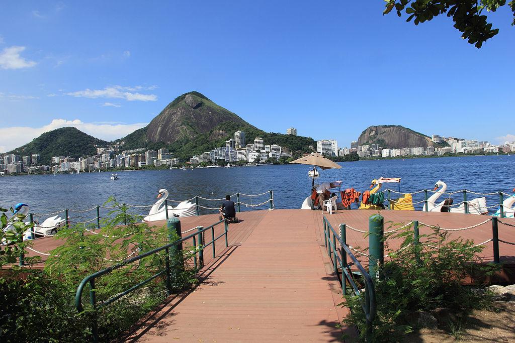The stunning visuals of Lagoa |© Halleypo/WikiCommons