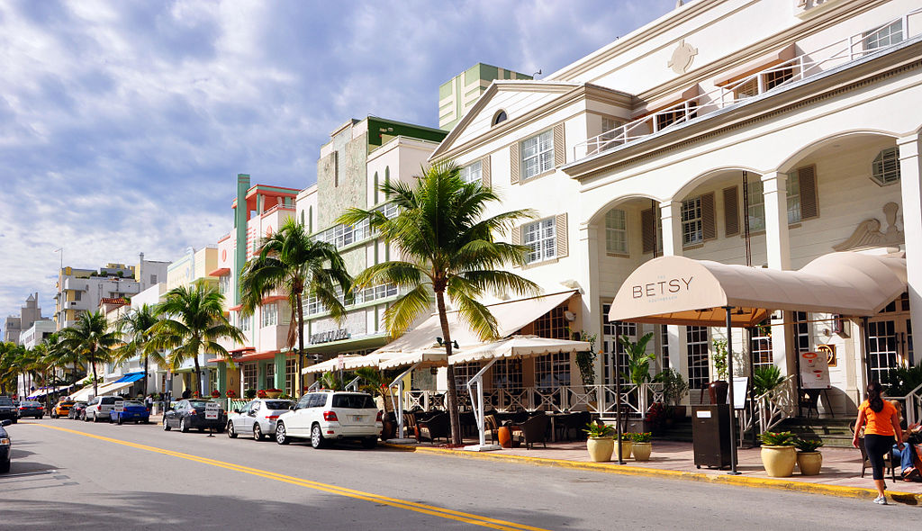 Most Beautiful Hotel Along Ocean Drive South Beach