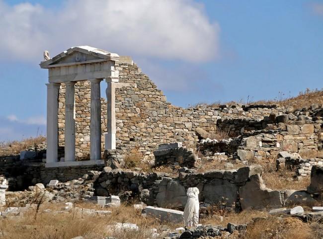 Temple of Isis Delos | © Bernard Gagnon /WikiCommons