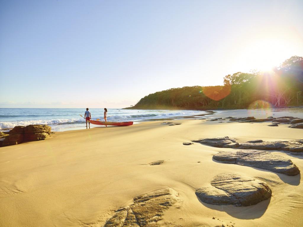 Tea Tree Bay, Noosa National Park, Noosa, QLD | Courtesy of Tourism Australia © Jamie MacFadyen
