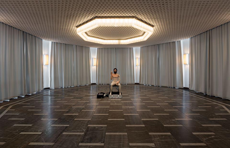Goshka Macuga, Installation View Schinkel Pavillon, Courtesy: Fondazione Prada, Photo: Andrea Rossetti