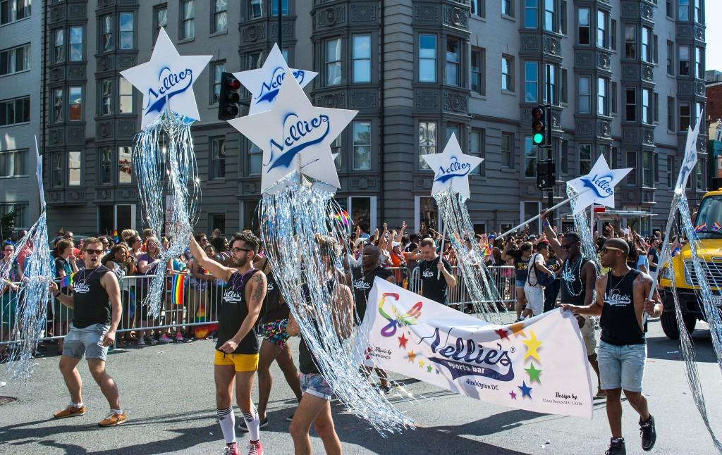 Nellies' Staff in Capital Pride Parade   © Tim Evanson/Flickr
