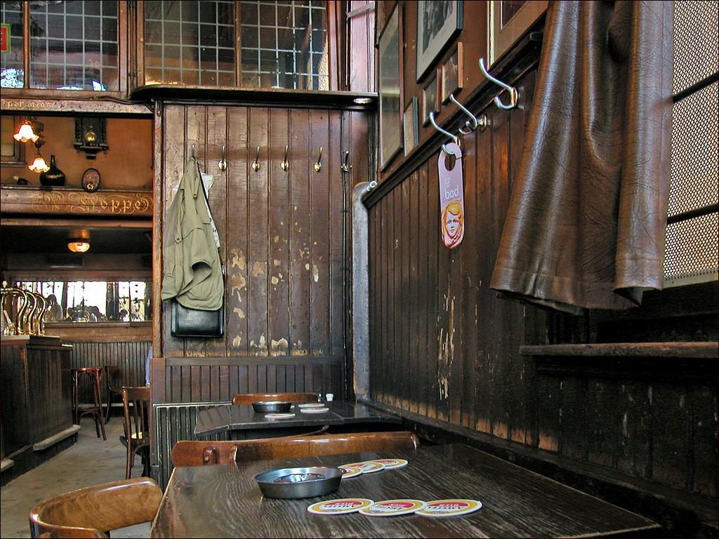 This cafe is definitely 'gezillig' | © Jean-Pierre Dalbéra / Flickr
