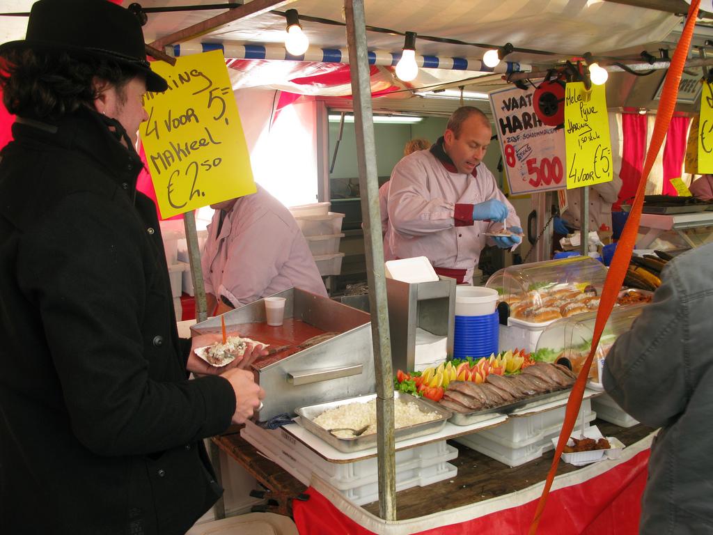 Pickled Herring Kiosk | © Zemistor / Flickr