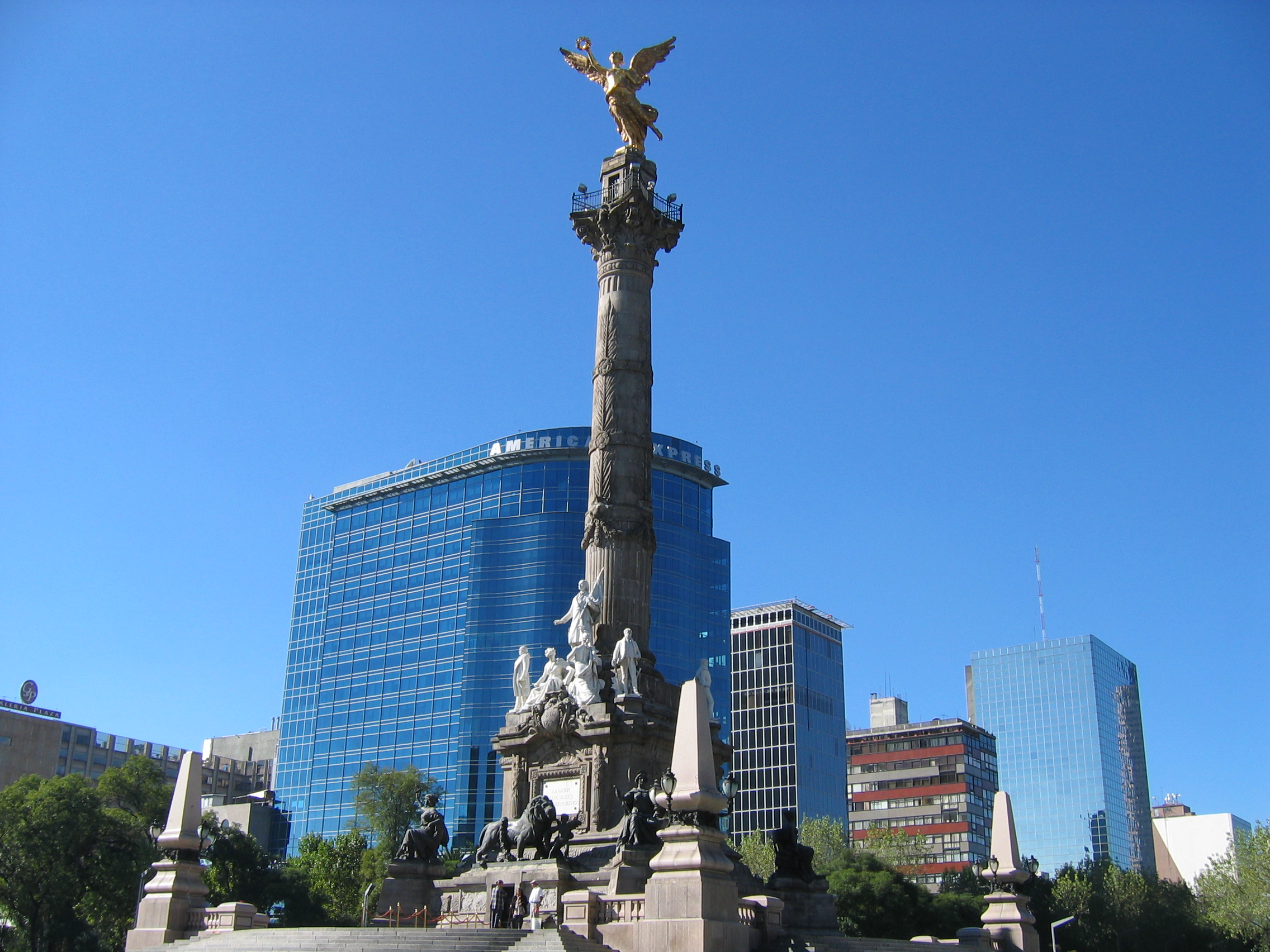 Mexico citys 12 must see landmarks for first timers ngel de la independencia omarflickr sciox Gallery
