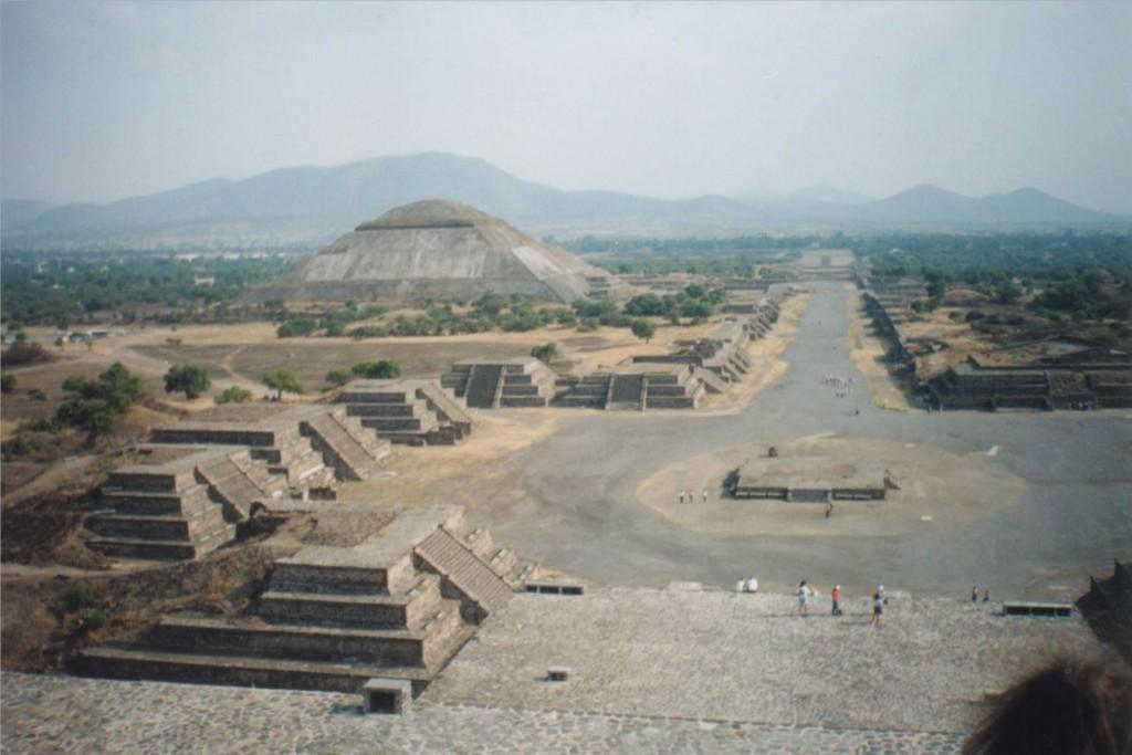 Templo Mayor - Tenochtitlan Ruins - Mexico City - Married ...  |Tenochtitlan Ruins