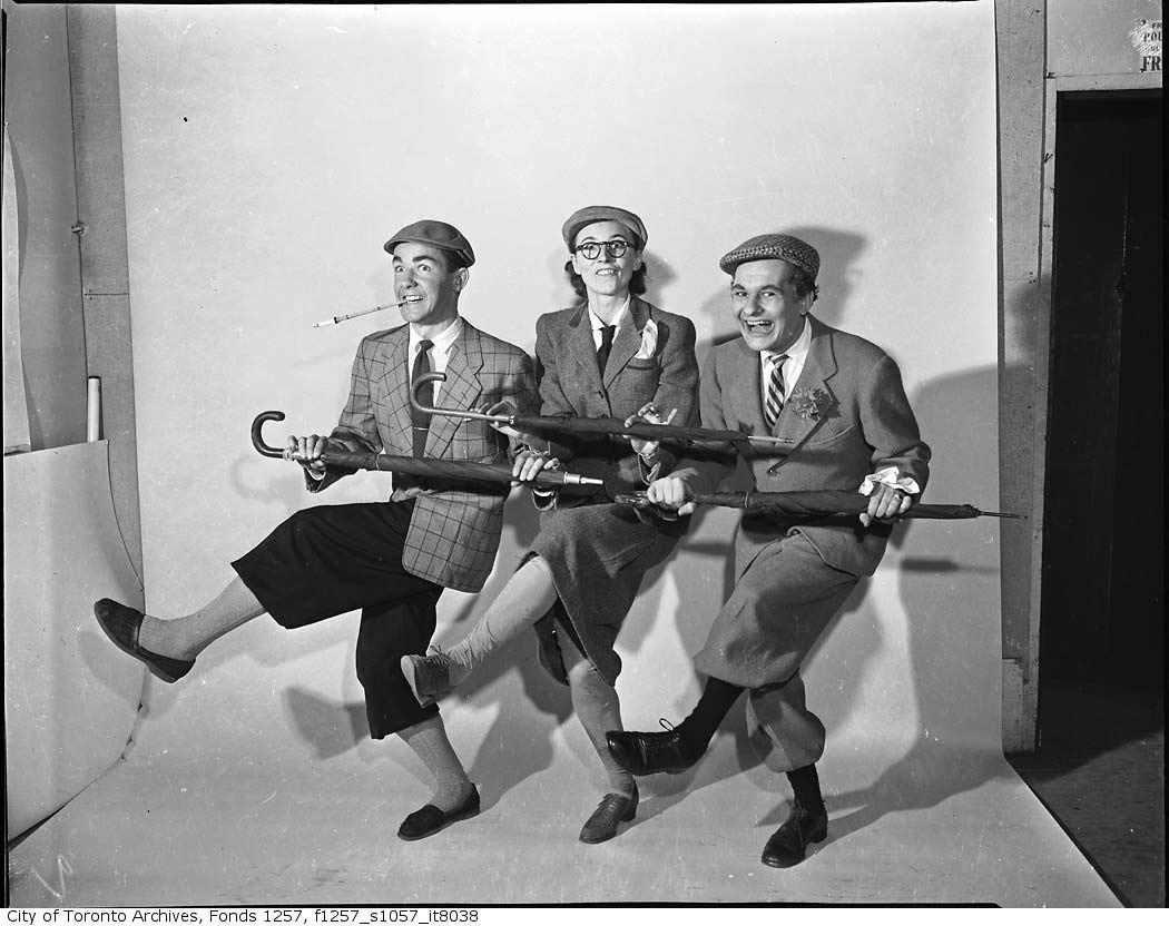 Actors at Royal Alexandra Theatre ca1965 | © Toronto History/Flickr (Photographer: Alexandra Studio)