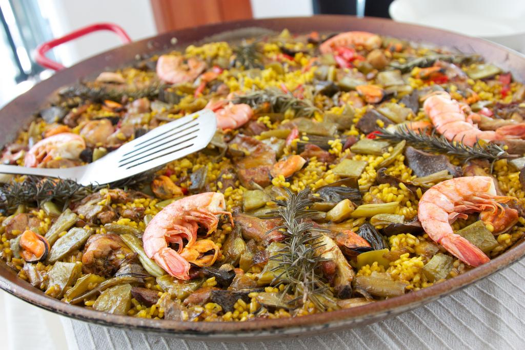 A traditional paella | © Matt Westgate / Flickr