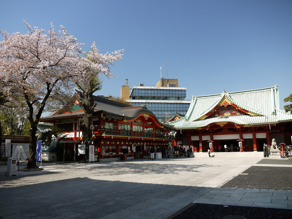 6 Temples And Shrines To Visit In Tokyo