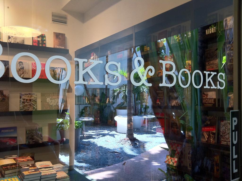 Books & Books | Ines Hegedus-Garcia/Flickr