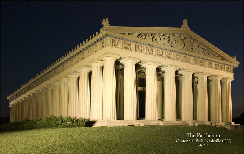 © Parthenon at Night -- Centennial Park Nashville (TN) July 2011, Ron Cogswell/Flickr