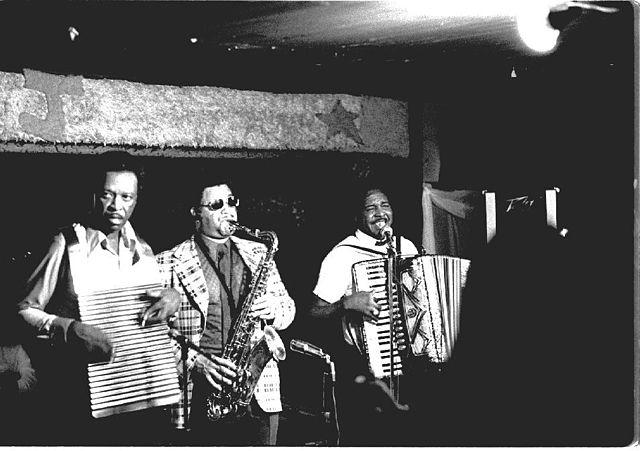 Chenier Brothers performing at Jay's Lounge and Cockpit, Cankton, Louisiana, Mardi Gras, 1975   © Bozotexino/WikiCommons