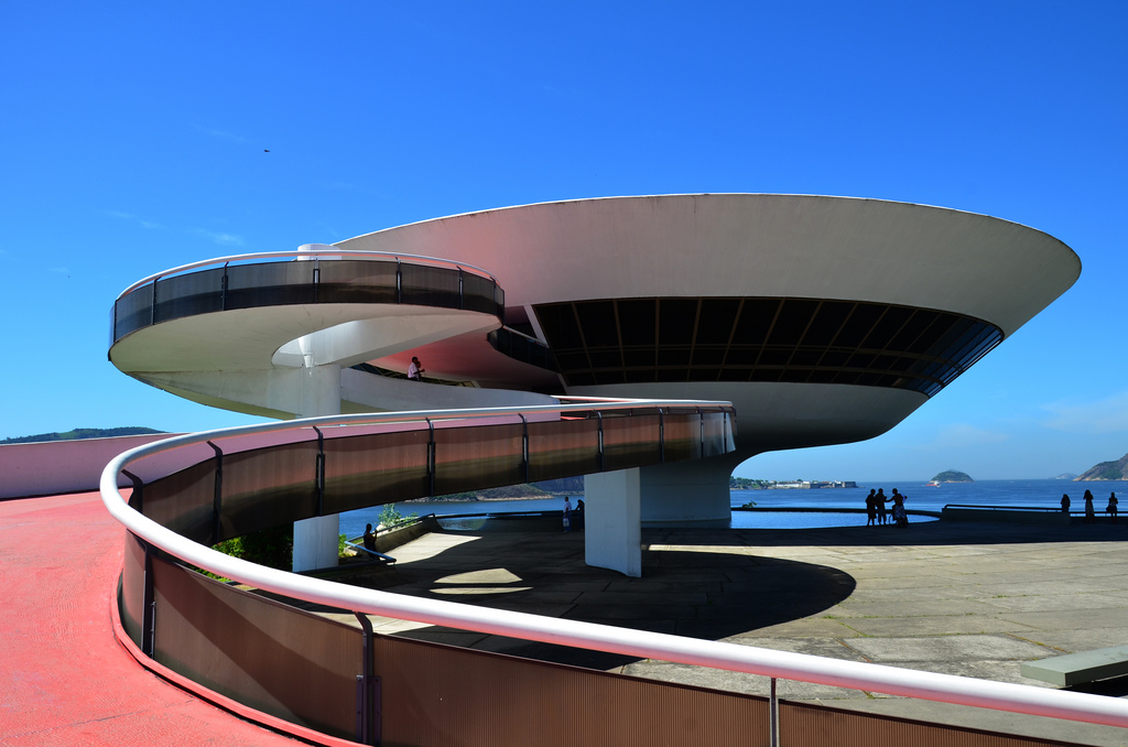 Museum of Contemporary Art in Niteroi |© Rodrigo Soldon/Flickr