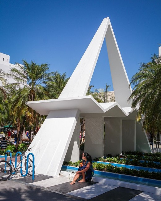 A look at a classic example of Miami Modernist architecture | Wikipedia Commons