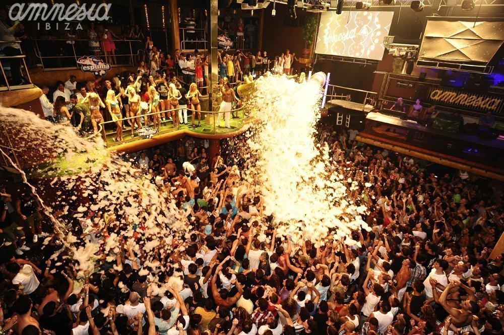 A foam party at Amnesia | © Amnesia Ibiza
