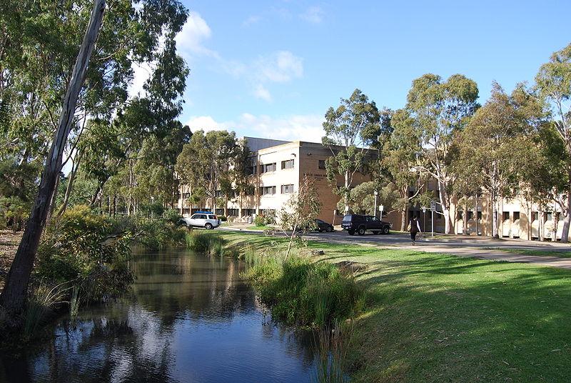 800px-La_Trobe_University