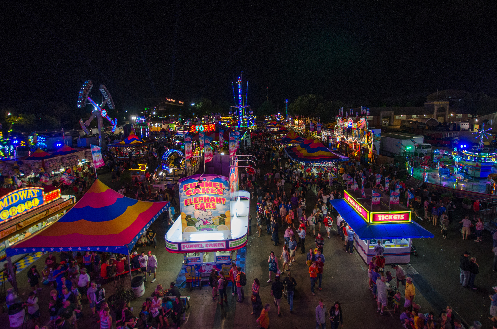 The MN State Fair Midway at night | © m01229/Flickr