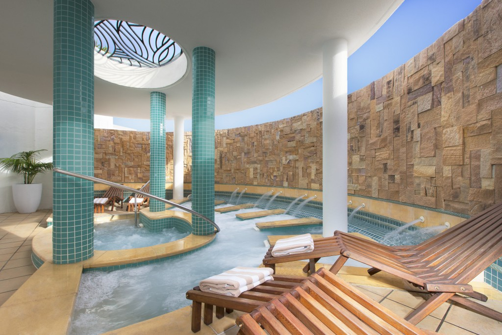 Aqua Therapy Area | Courtesy of Sofitel Noosa Pacific Resort