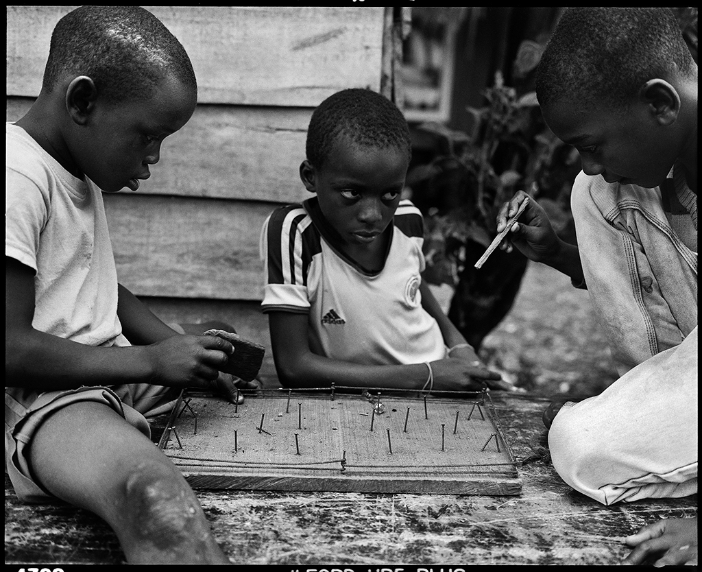 Graciela Iturbide 2015 Buenaventura, Colombia Children in Puente Nayero play an improvised game of table football. The success of the Puente Nayero Humanitarian Space has encouraged residents on the neighboring street of Punta Icaco to begin organizing to create their own humanitarian space.