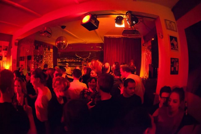 gay bar alexanderplatz berlin