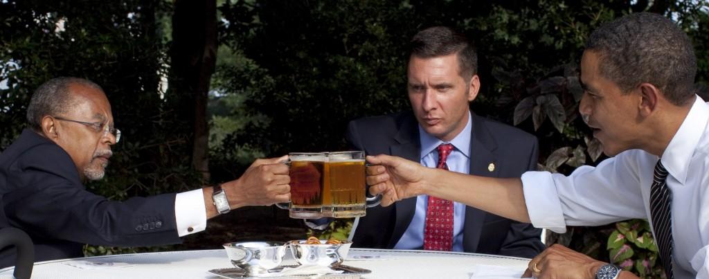 The Best Bars & Restaurants To Spot Politicians In Washington, D.C.