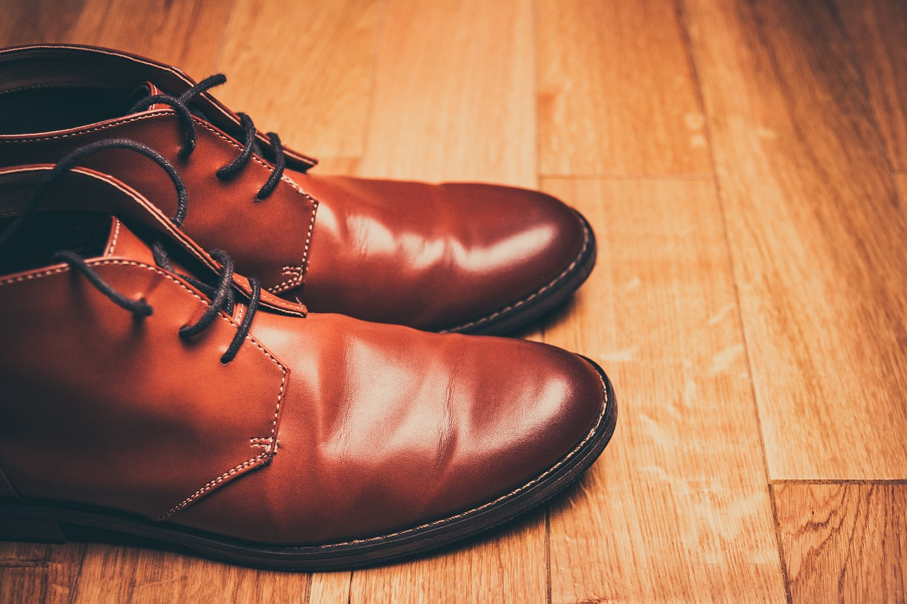 brown-shoes-1150071_1280