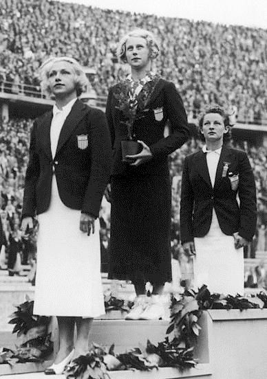 Marjorie Gestring winning first place | © Keystone France/WikiCommons