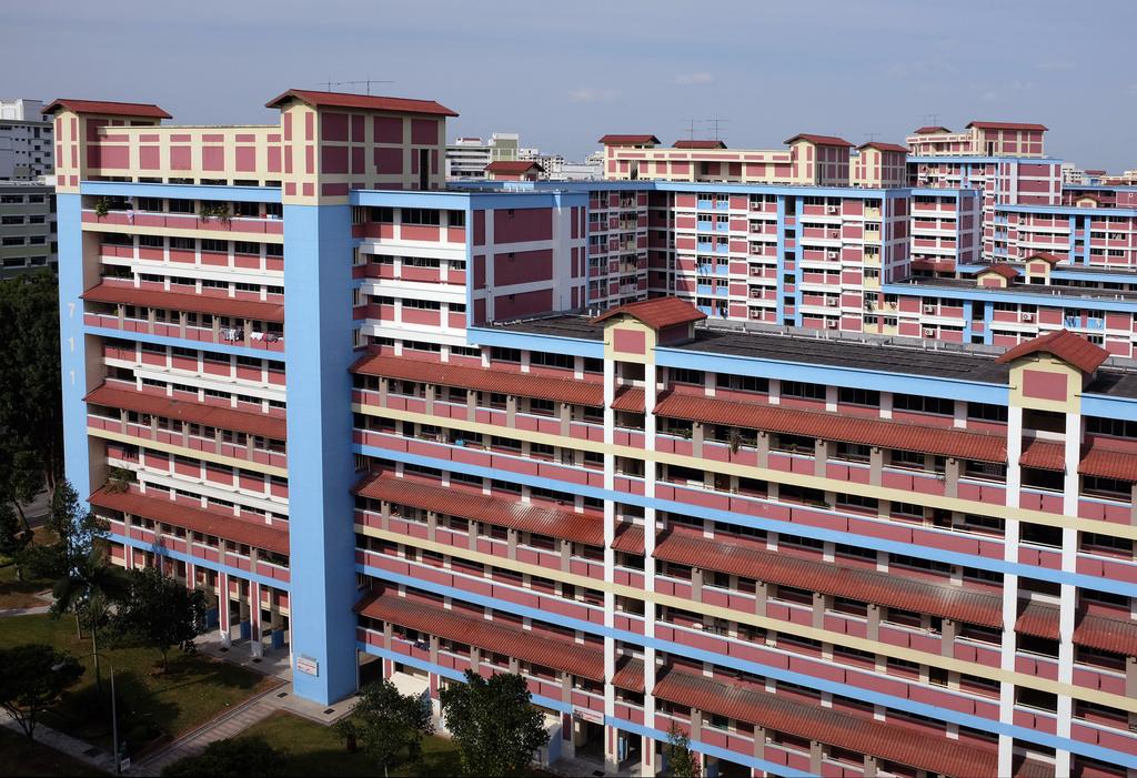 High Rise Housing in Jurong ©Jnzl's Public Domain Photos/Flickr
