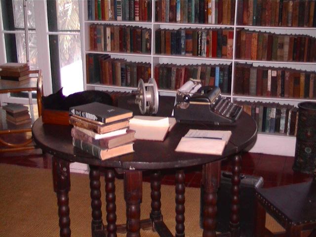 Hemingway's writing desk   Wikipedia Commons