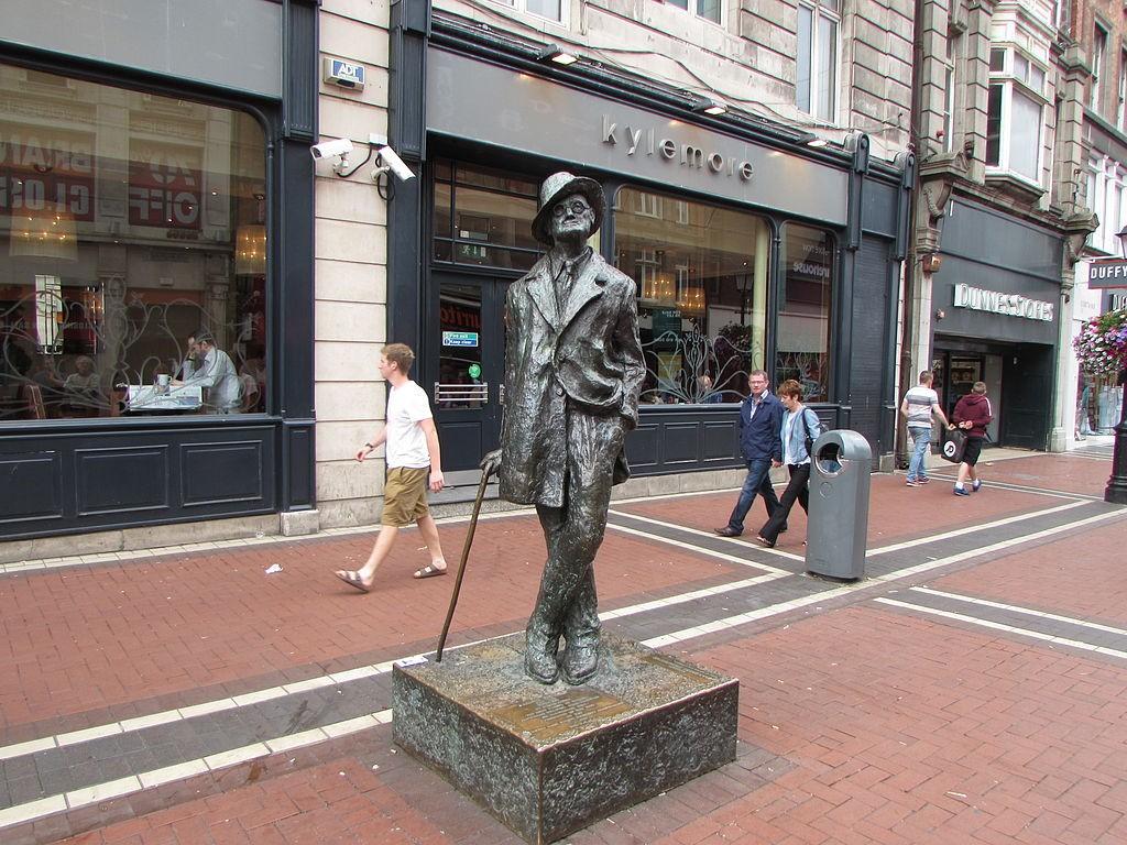 A Walking Tour Of Famous Dublin City Statues