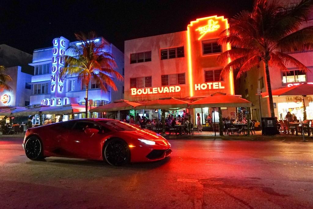 Miami's Ocean Drive via Pixabay
