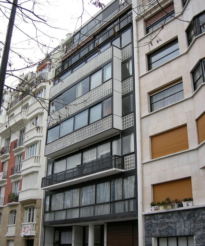Exterior of Immeuble Molitor © sailko/WikiCommons
