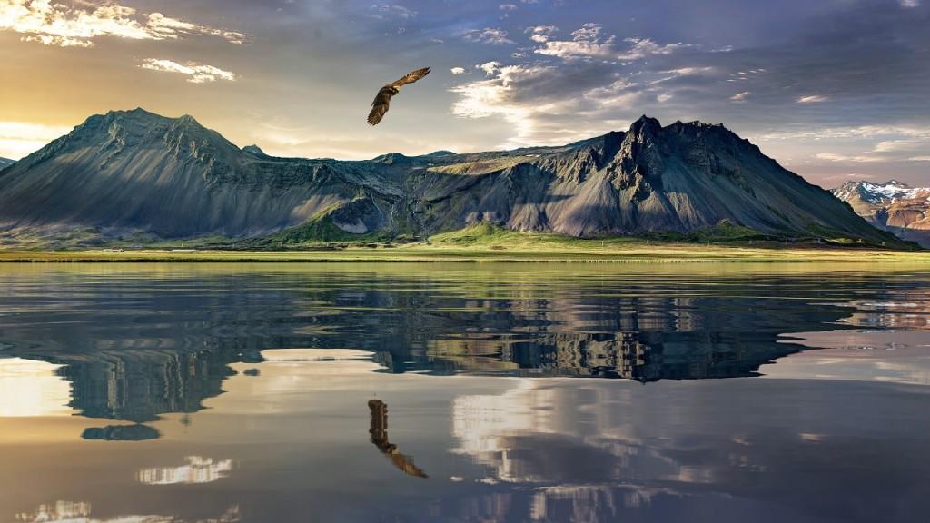 New Zealand Sacred Mountains