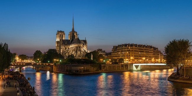Close to the Notre Dame de Paris © DXR/WikiCommons