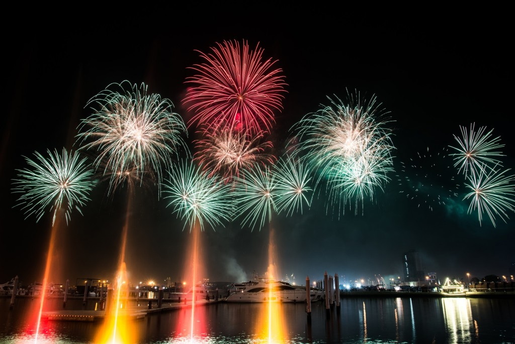 Fireworks in Dubai Marina|© Amar Saleem/Pexels