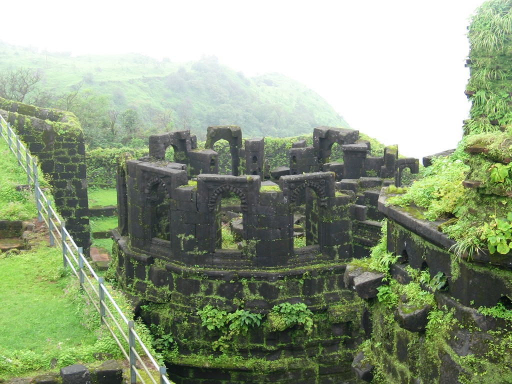 Raigad Fort | © Swapnaannjames/WikiCommons
