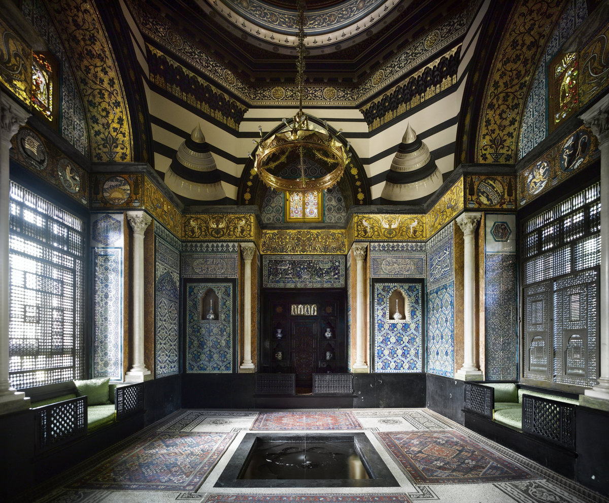 Foyer Museum Uk : Leighton house museum london s sumptuous 'private palace
