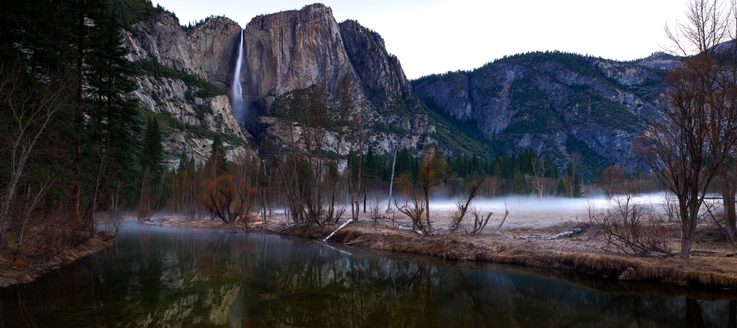 Yosemite Falls - Just before the sun breaks | © Andrew Kearns/Flickr