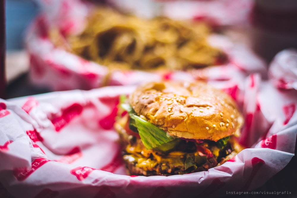 Food at Tasty Burger | © visualgrafix/Instagram
