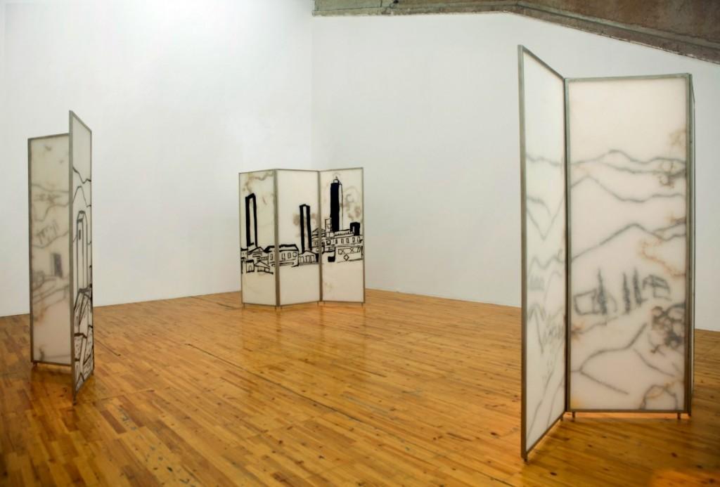 Etel Adnan, Exhibition view. Galleria Continua Beijing, 2014 | © Miguel Ángel Américo / Courtesy of GALLERIA CONTINUA, San Gimignano / Beijing / Les Moulins / Habana