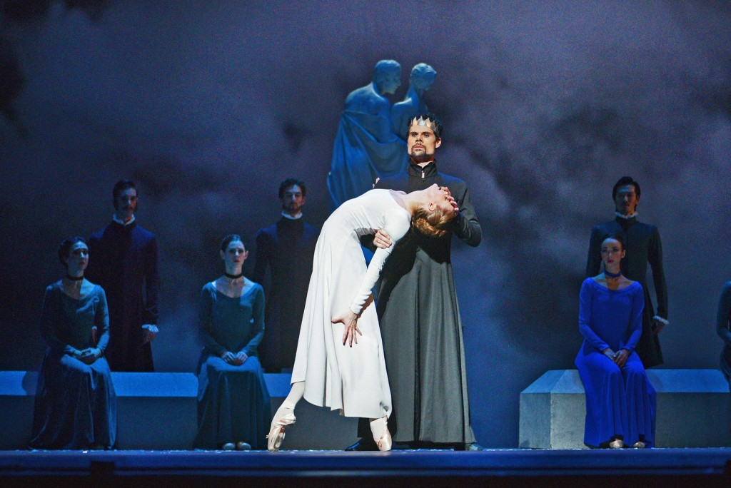 Hannah Fischer and Piotr Stanczyk with Artists of the Ballet in The Winter's Tale. Photo by Daniel Neuhaus, courtesy of The National Ballet of Canada.