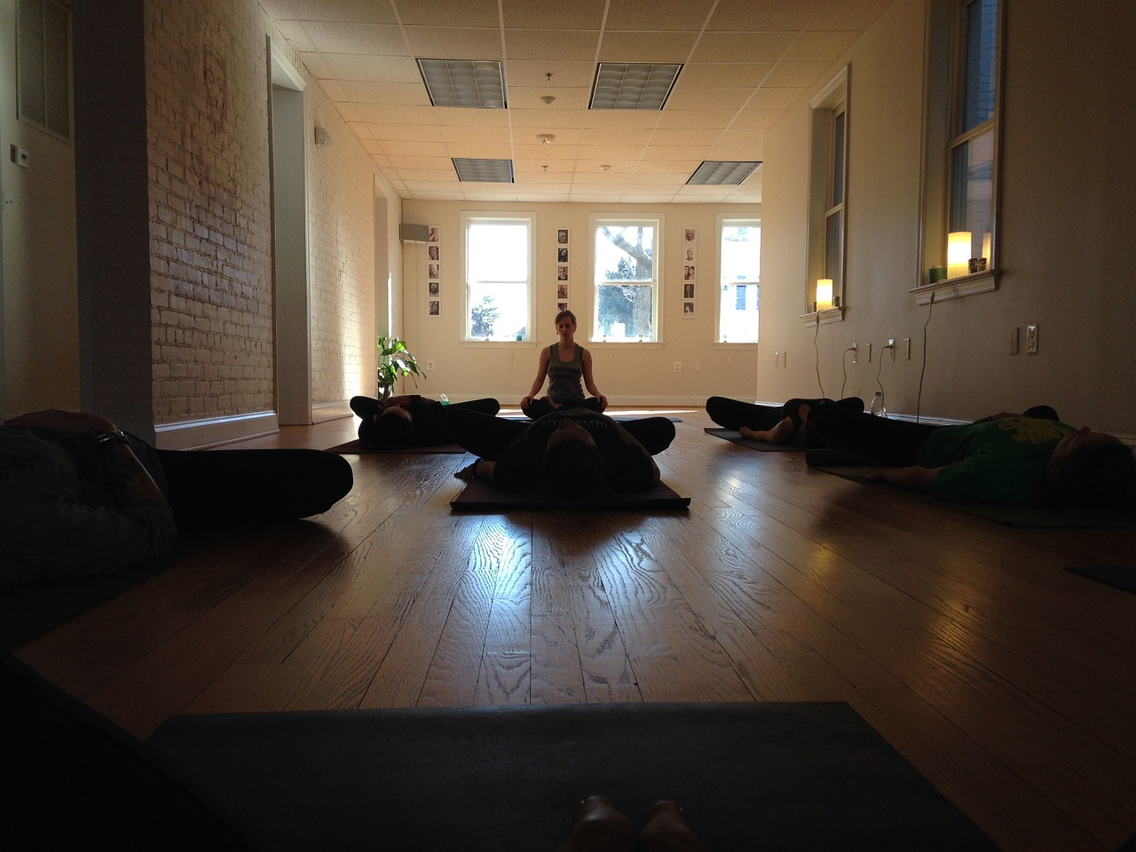 San francisco 39 s best hot yoga studios for Chambre yoga