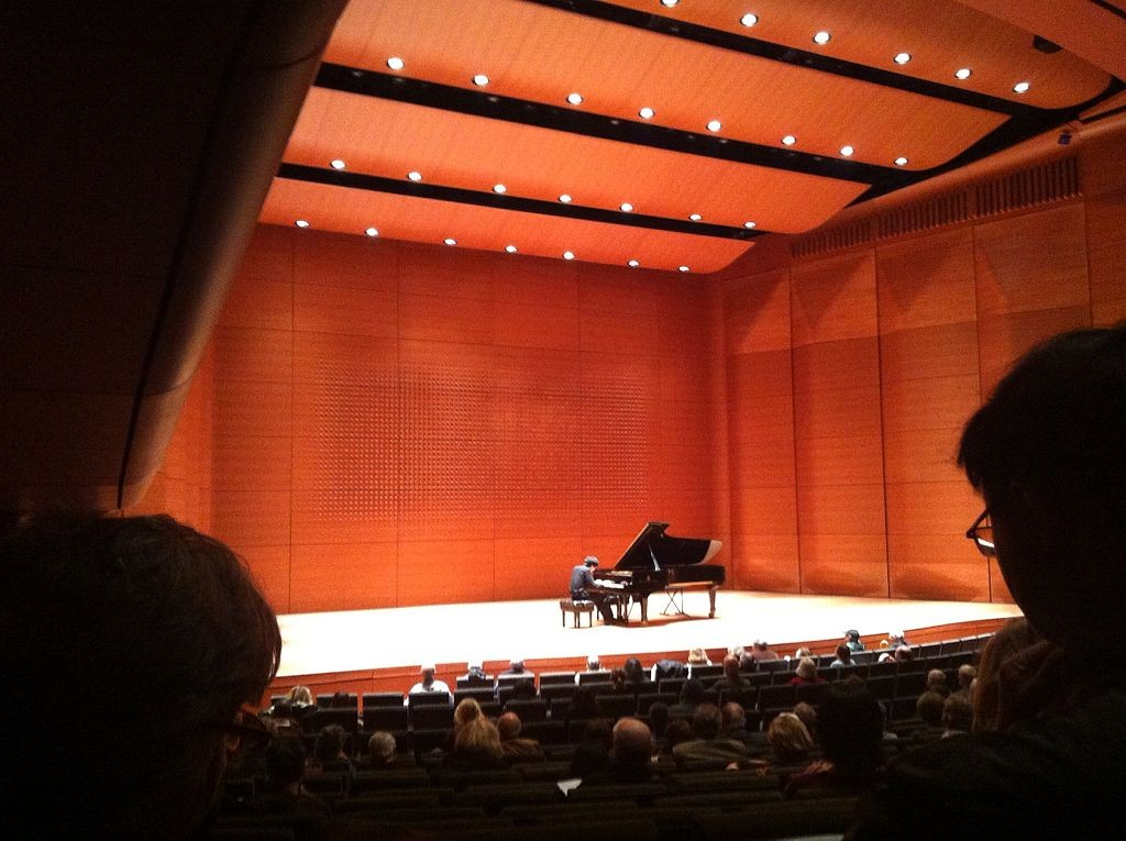 Charlie Albright at Alice Tully Hall | © Wikipedia Commons