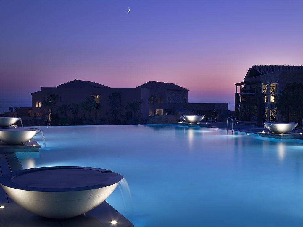 The Westin Resort, Costa Navarino | © Grzontan/WikiCommons